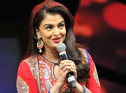 Aishwarya-Sings-Jazbaa