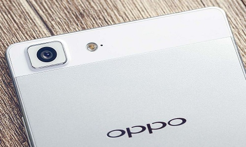Oppo-R5-Smartphone-launched