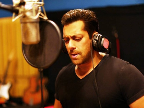 Salman-Sings-For-Hero