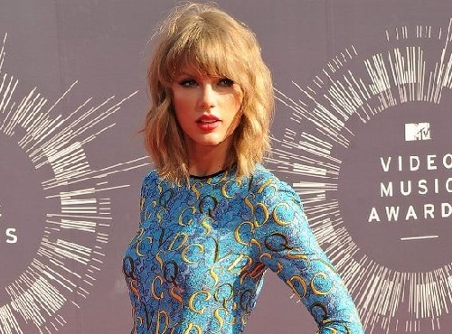 Taylor-MTV-VMAs-2015