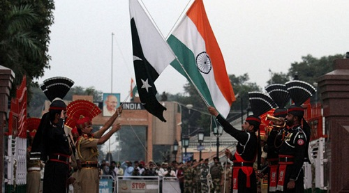 India-Pakistan-Flag-Meeting-LoC