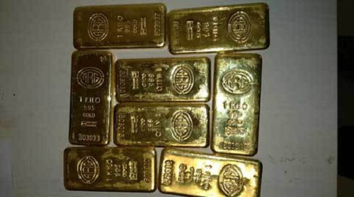 Jet-Airways-Gold-Smuggle-Rs28-Lakh