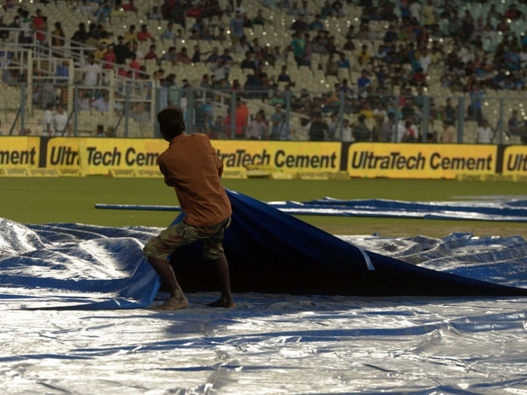 Heavy Rain May Spoil India-Pakistan Match