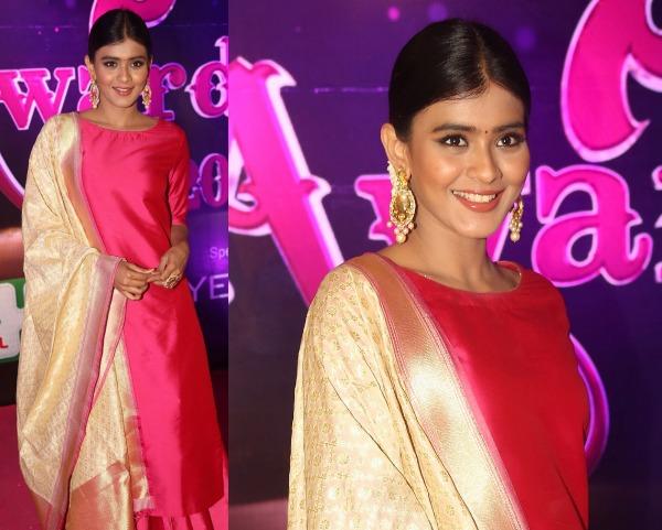 Hebah Patel At Apsara Awards 2016