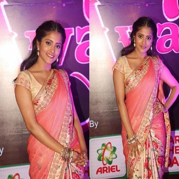 Ulka Gupta At Apsara Awards 2016