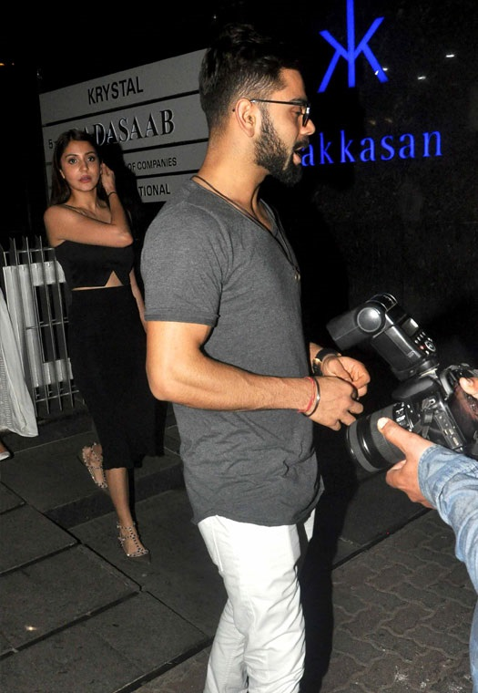virat-and-anushka--bandra-dinner