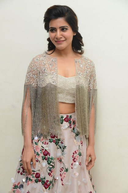 Samantha at A Aa Movie Audio Launch  (1)
