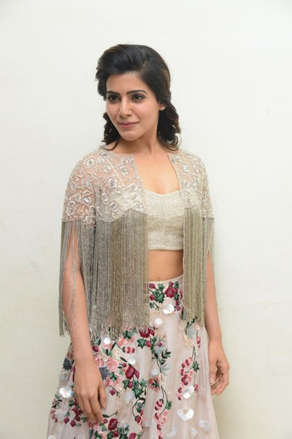 Samantha at A Aa Movie Audio Launch  (4)