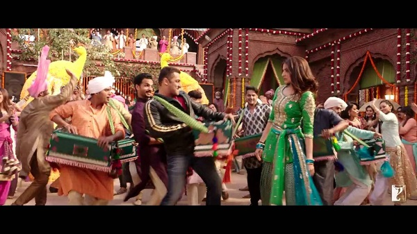 Sultan Baby Ko Bass Pasand Hai Video Song