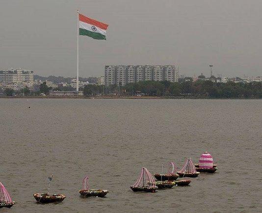 Telangana Biggest National Flag Photos (1)