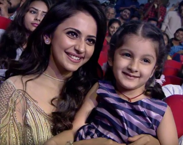 Mahesh Babu Daughter Photos At Spyder Pre Release Event