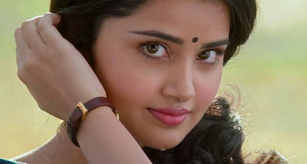 Anupama Parameswaran Biography Wiki Family, Photos, Movies