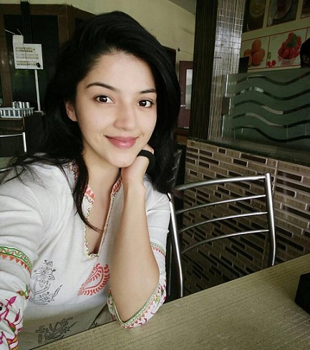 Mehreen Pirzada Favorites