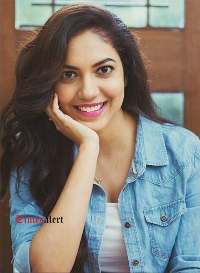 Ritu Varma Remuneration, Salary Per Movie, Biodata, Wiki, Biography, Profile, Height, Age, Body Measurements, Family, Movies List 1