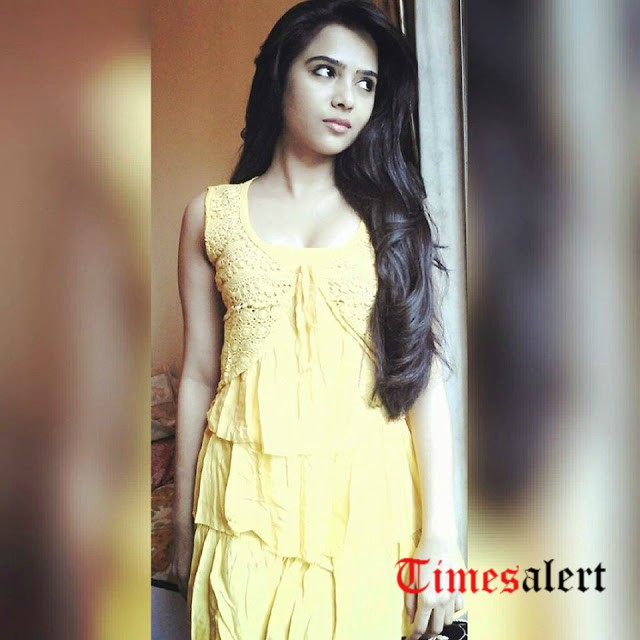 Richa Saxena Height