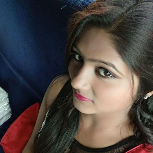 Subhra Chatterjee Pics