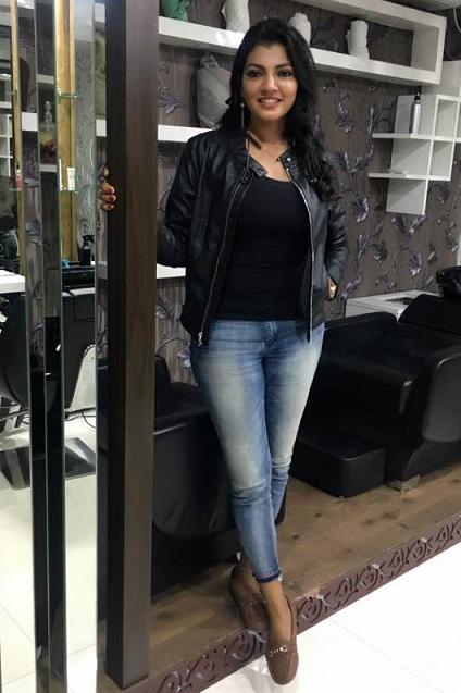 Lahari Shari Height