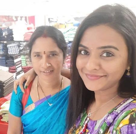 Rohini Noni Family