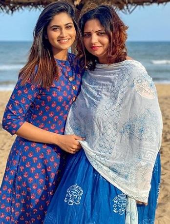 Shivani Narayanan Family